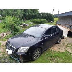 TOYOTA AVENSIS 2005a